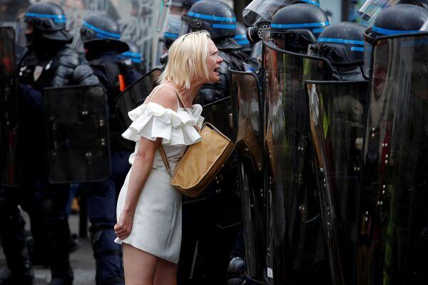 Aktion von Gegnern der Corona-Beschränkungen in Paris. - SNA