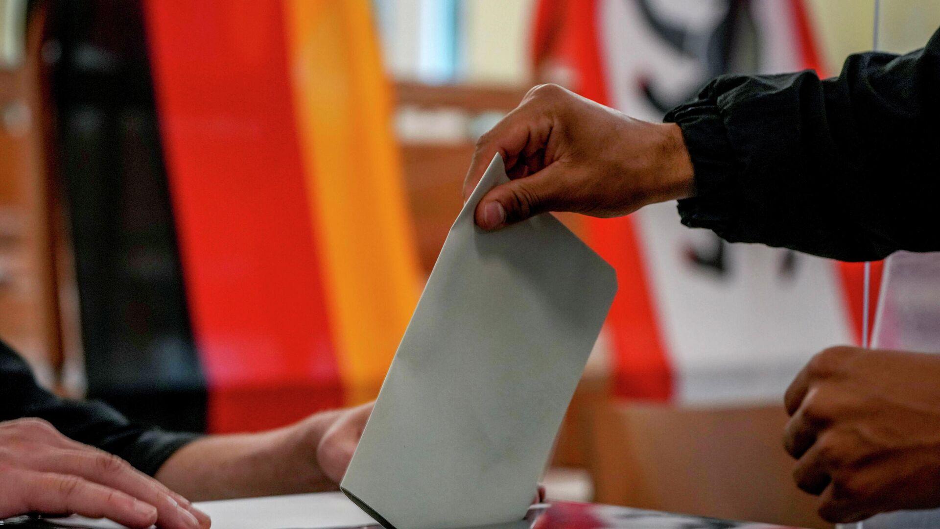Stimmabgabe bei der Bundestagswahl - SNA, 1920, 26.09.2021