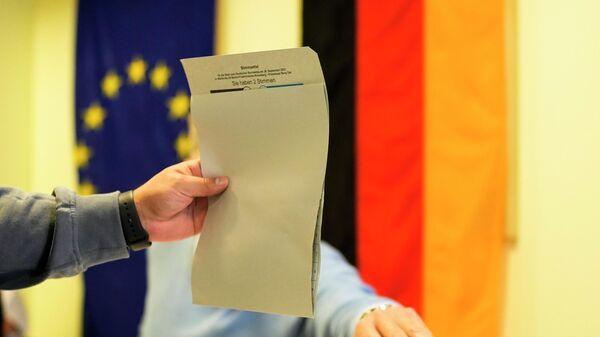 Stimmabgabe bei der Budnestagswahl 2021 - SNA
