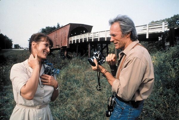 "Szene aus dem Film ""Die Brücken am Fluß"" (1995). - SNA"