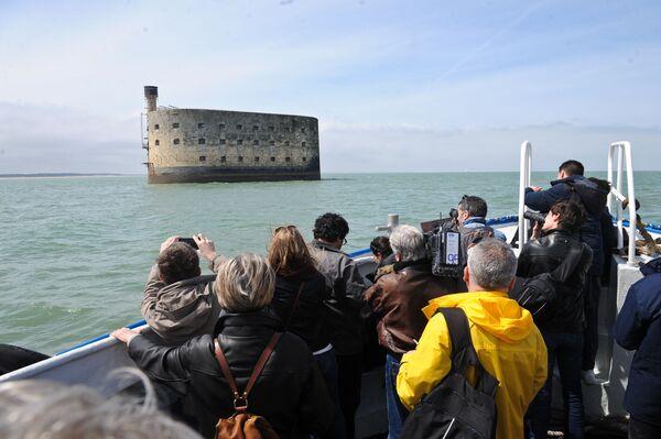 """Fort Boyard an der Westküste Frankreichs, wo die wichtigsten Episoden des Films """"Die Abenteurer"""" (2016) gedreht wurden. - SNA"""