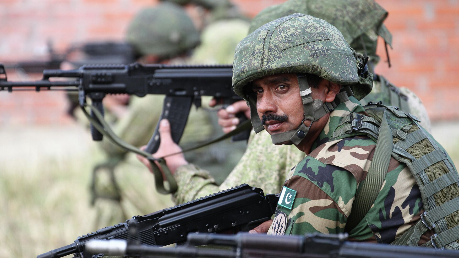 Pakistanische Soldaten  - SNA, 1920, 27.09.2021