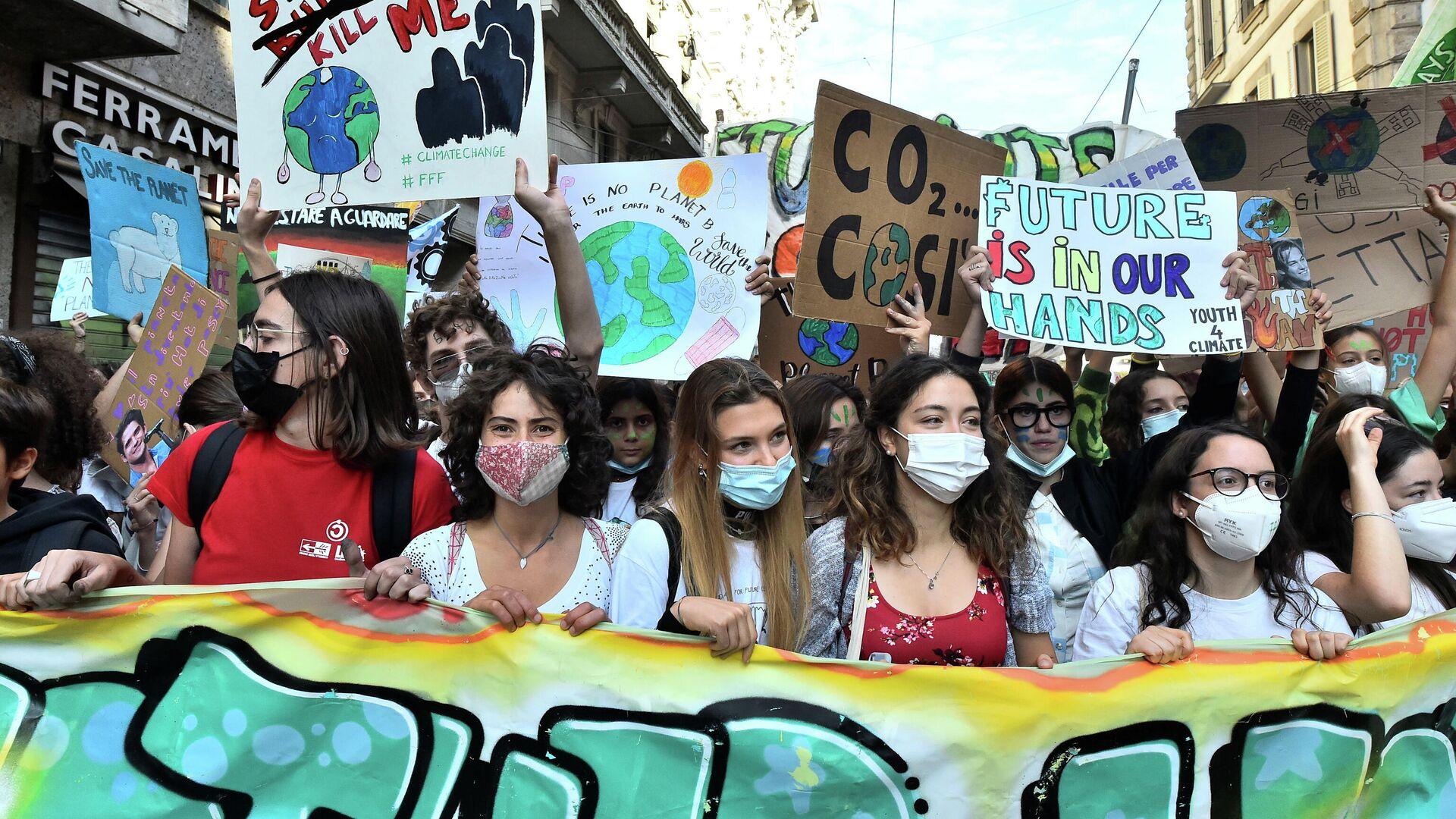 Proteste bei Jugend-Klima-Gipfel in Mailand am 1. Oktober 2021 - SNA, 1920, 01.10.2021