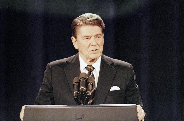 Der frühere US-Präsident Ronald Reagan (1911-2004) war in seinen jungen Jahren Schauspieler und Radiomoderator. Sein erstes politisches Amt – als Gouverneur von Kalifornien – bekleidete er erst mit 55 Jahren. - SNA