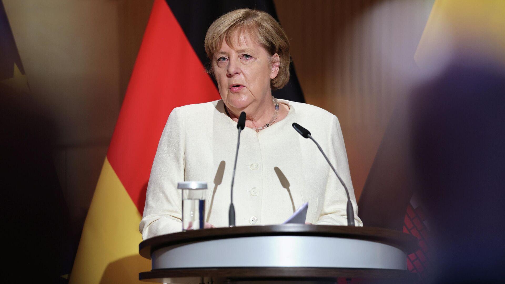 Merkel hält die Rede in Halle, 3.Oktober 2021 - SNA, 1920, 12.10.2021