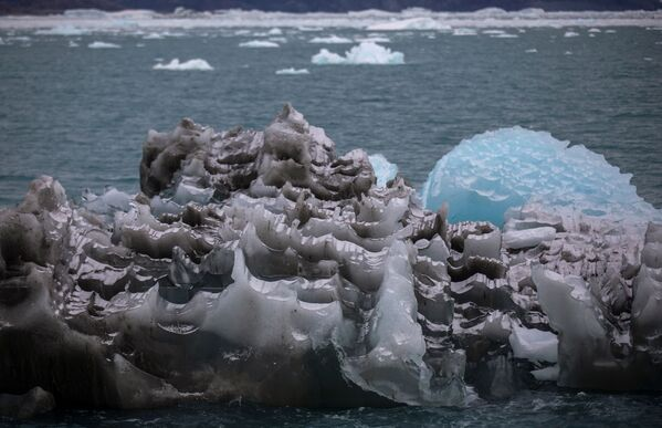 Der Gletscher ist 70 Kilometer von der Stadt Ilulissat an der Westküste Grönlands entfernt, wo Wale und Seehunde anzutreffen sind. - SNA