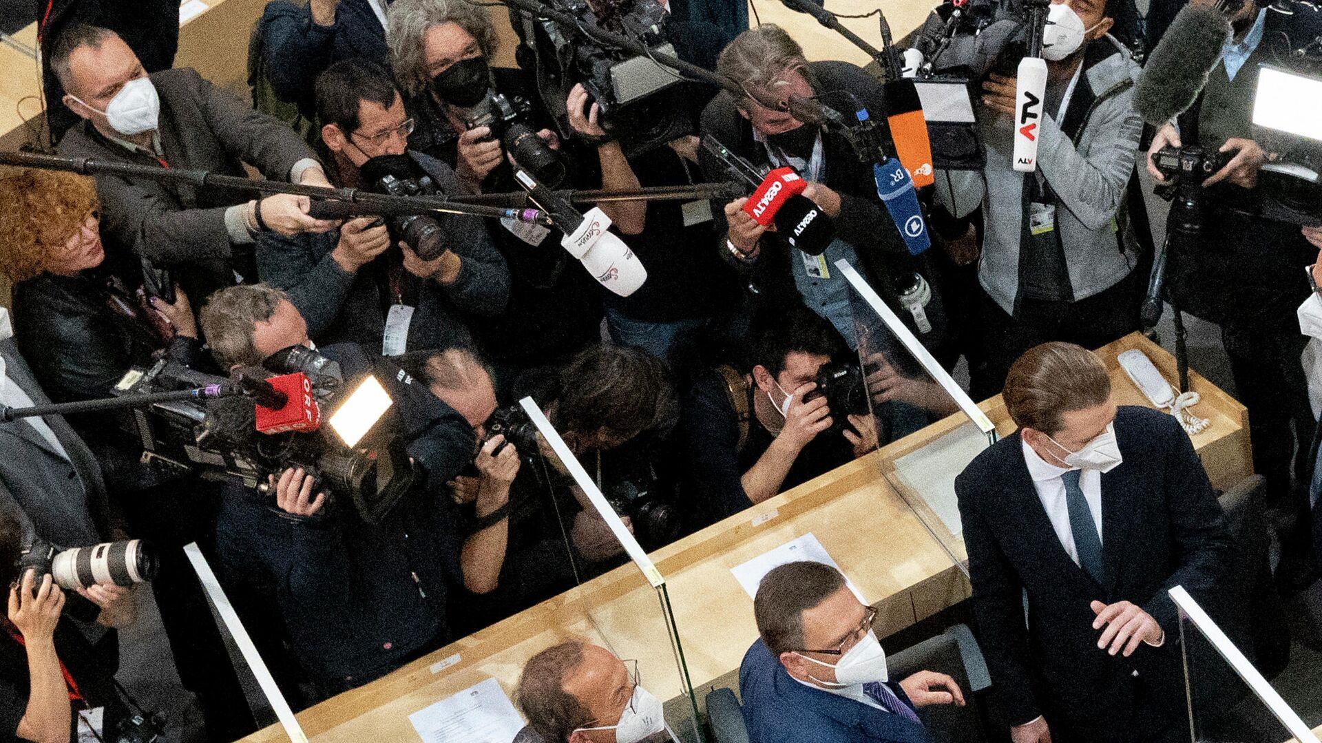 Sebastian Kurz kommt zu seiner ersten Parlamentssitzung nach dem Rücktritt als Kanzler - SNA, 1920, 14.10.2021