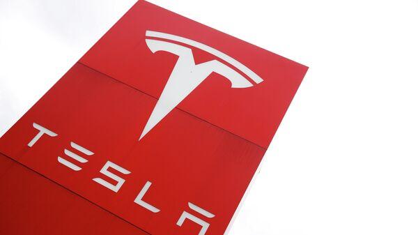 Tesla-Logo - SNA